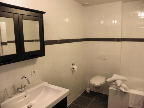 appartement-luxeuil-badkamer
