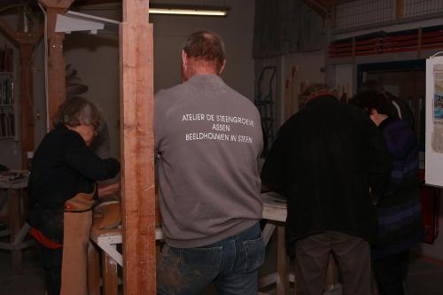 Klaas Kuipers van Atelier de Steengroeve in zijn Atelier